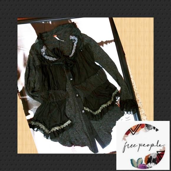 Free People Sweaters - SALE⚡RARE KnittyGypsieCardi CUTE Details <10 made!